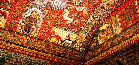 The painted ceiling of the Chodorow synagogue (17th c., reconstruction  of Bet ha-Tefutzot).